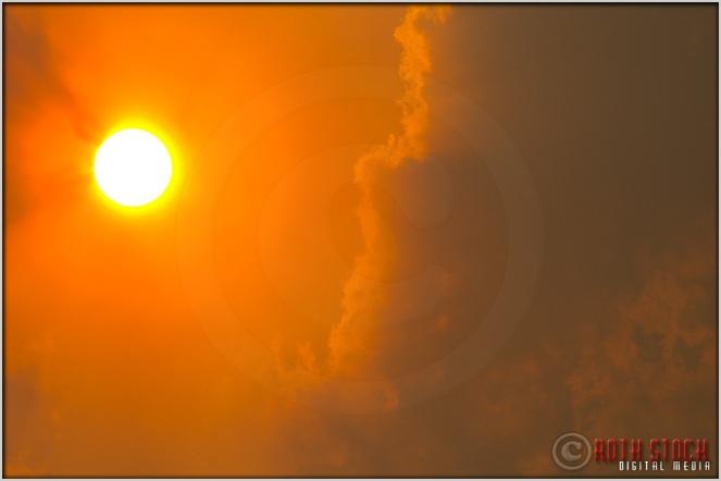3:36:36pm - Waldo Canyon Fire: Smoke Fills The Sky