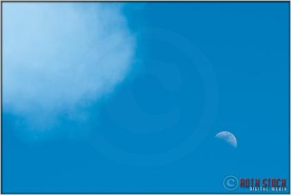 3:49:21pm - Waldo Canyon Fire: Moon and Smoke