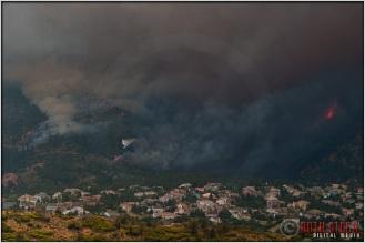 4:50:48pm - Waldo Canyon Fire: Water Drop