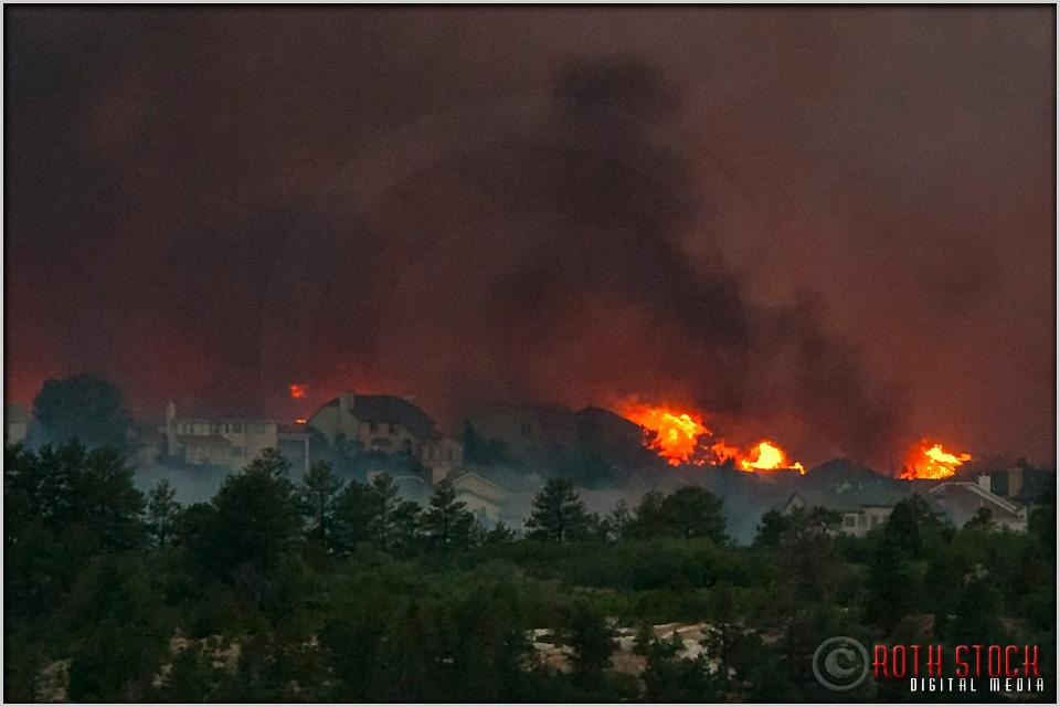 8:17:10pm - Waldo Canyon Fire: Firestorm Engulfs Mountain Shadows