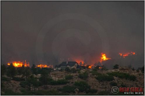 8:19:26pm - Waldo Canyon Fire: Firestorm Engulfs Mountain Shadows
