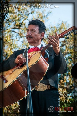 Atmosphere of Olvera Street - Mariachis